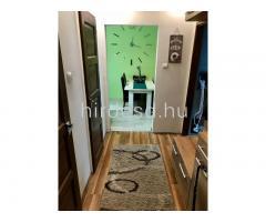 Teljesen felújított lakás eladó - Kép 9